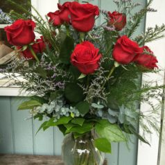 classic-red-roses