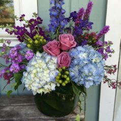 large-blue-and-purple-vase-mixture