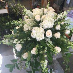 white-hydrangea-casket-piece