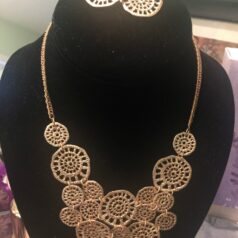 Necklace-gold